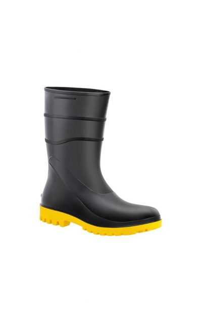 Bota-de-PVC-Cano-Curto-Preta-com-Sola-Amarela-Bracol